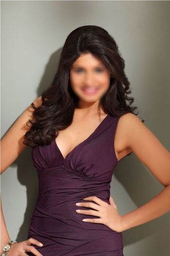 Shivanya Female Model In Mumbai