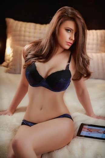 Vashi Escorts