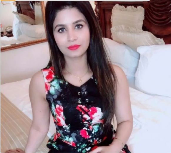 Hot Sonali Escort